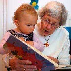 Бабушка или детский сад?