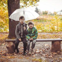 Как помочь ребёнку найти друга? Сложности в общении